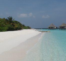 Cat costa o vacanta in paradisul din Maldive?