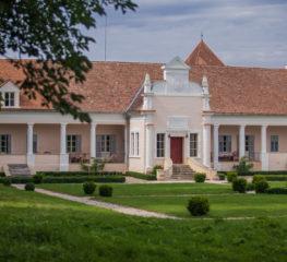 Vacanța la ofertă: Paște la Conac, într-un sat superb din inima Transilvaniei