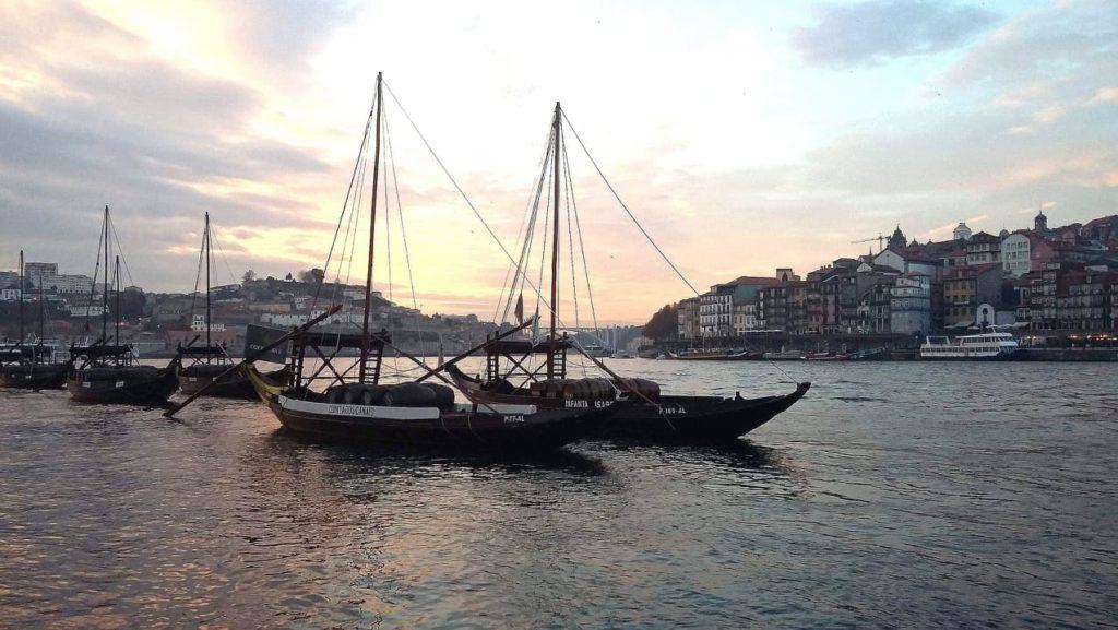 Porto, orașul-minune al Portugaliei, pe care trebuie să-l vezi măcar o dată-n viață