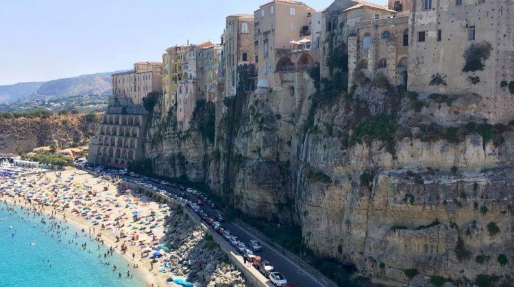 Tropea, perla turcoaz a Italiei, cu o legătură specială și neștiută cu România