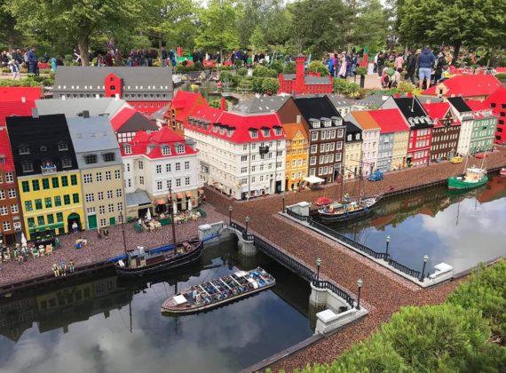 Vacanță la ofertă: 4 zile în Legoland, paradisul copiilor din Danemarca (558 de lei, zbor și cazare)