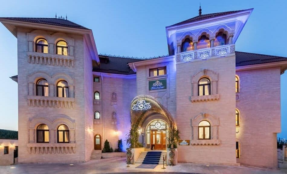 Câștigă o noapte romantică, pentru două persoane, în cel mai luxos hotel din România