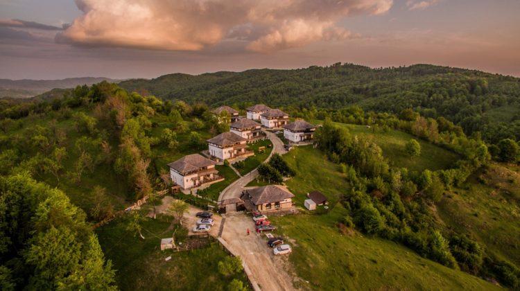 Top 10 pensiuni de poveste, aproape de București, pentru o evadare de weekend