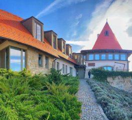Vacanță de vis, la super preț, în paradisul de la Castel (141 lei pe noapte, toate mesele incluse)