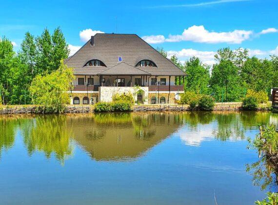 Cazare în Bucovina în case vechi. Top 10 pensiuni tradiționale din Bucovina