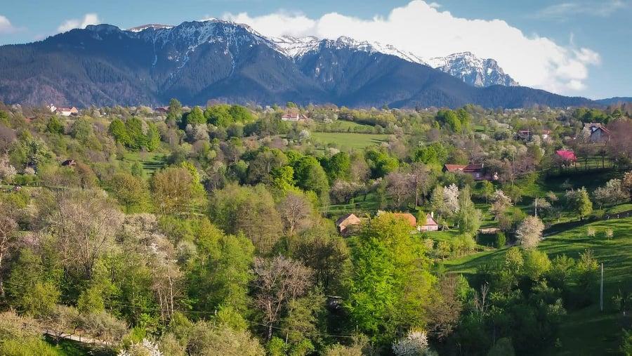 Am găsit pensiunea, neștiută de lume, cu cea mai frumoasă priveliște din România