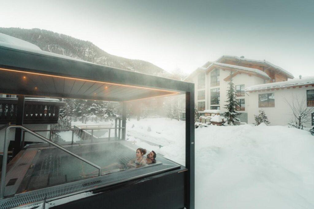 Top 10 cazări de schi uimitoare din Europa, la un preț de neratat (de la 99 de euro/persoană/7 nopți/ skipass inclus)